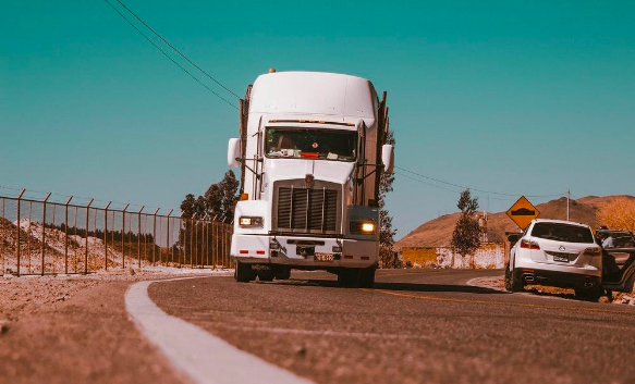 How to Increase the Average Fuel Mileage for Semi-Trucks
