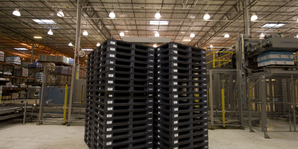 How To Stack Empty Pallets Safely Igps Logistics Llc