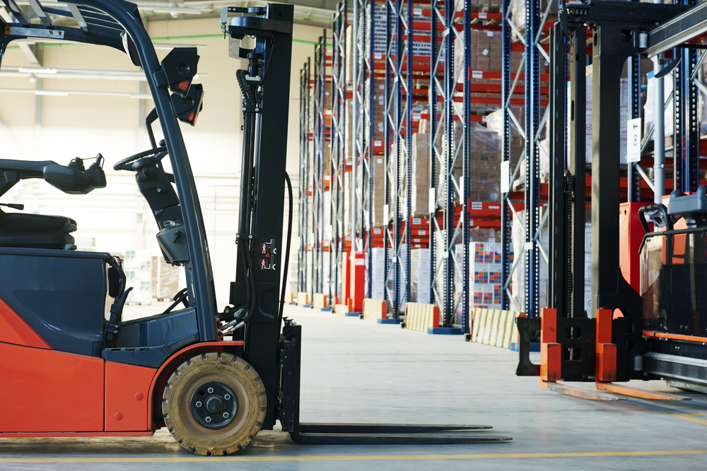 Warehouse picking best practices support safety and efficiency.