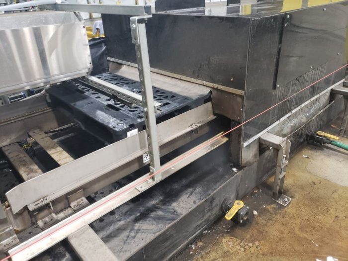 A machine for washing pallets can help meet FDA pallet requirements
