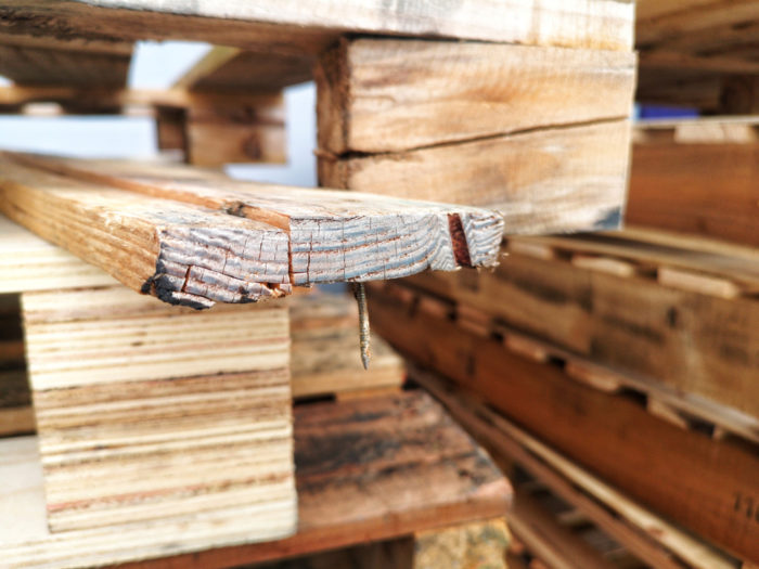 Wood pallets have an inconsistent maximum weight