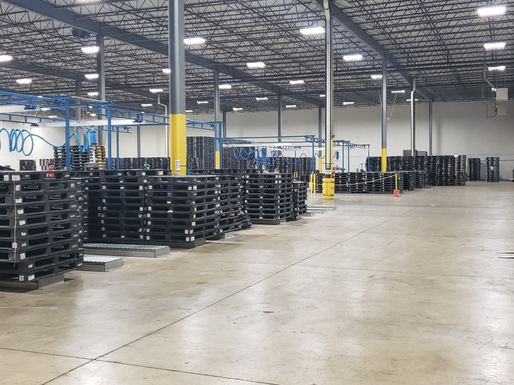 Pallet pooling helps reduce pallet costs.