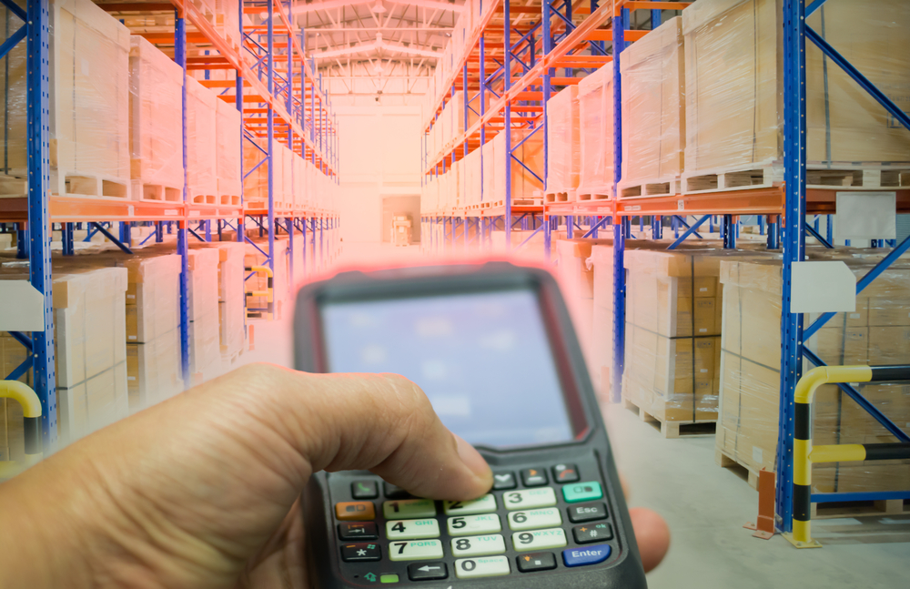 Using an RFID reader in the warehouse